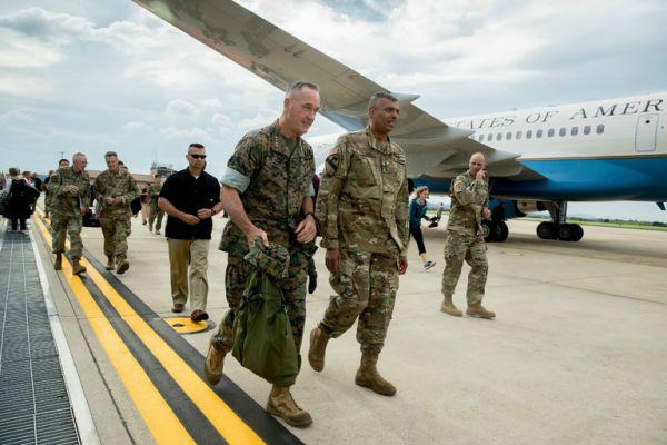 8月13日,邓福德抵达韩国乌山空军基地。