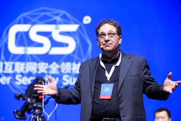 世界顶级黑客凯文·米特尼克:现在所有人工智能产品都是假的