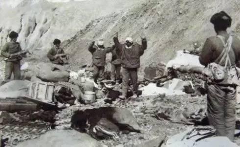 1962中印战争,印度被俘的照片(网络资料)