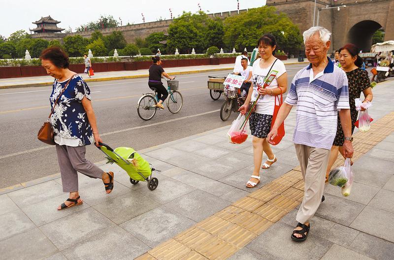 近日古城天气凉爽 周末两天陕西大部有雨