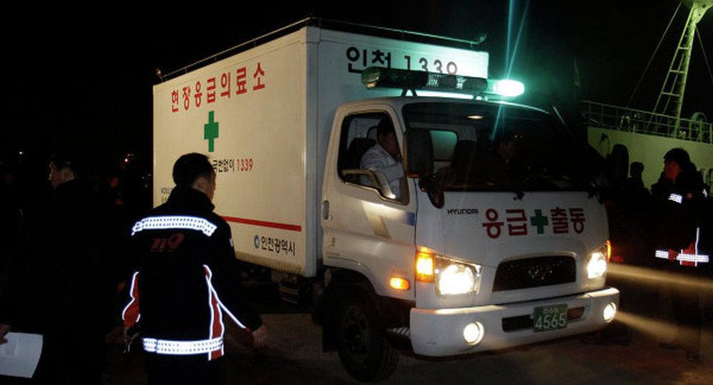 韩国一家造船厂在建油轮发生爆炸 至少4人死亡