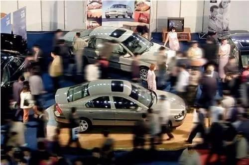 车市寒流| 上半年中国车市交出13年来最差成绩单