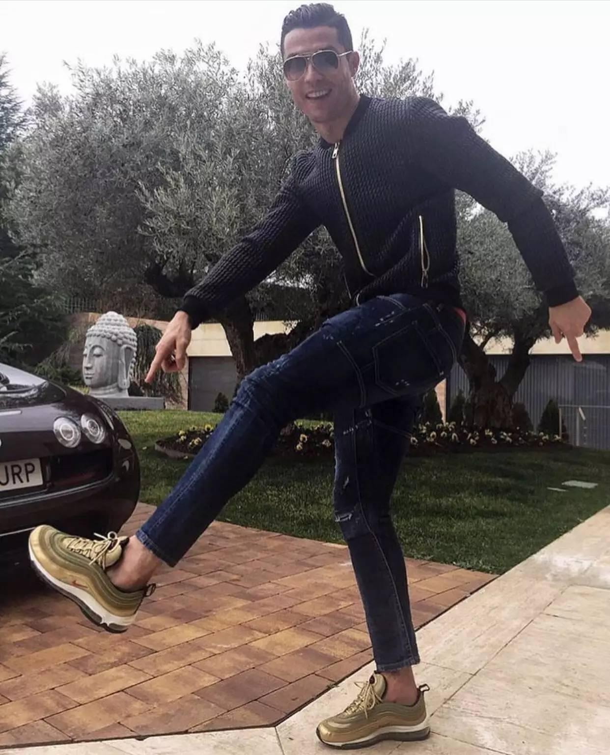 大飞:你又有很多新运动鞋款可以选了