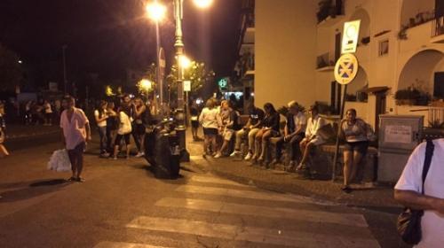 意大利南部岛屿发生4级地震 造成1人死亡9人失踪