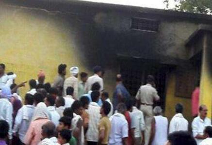 印度中央邦发生氨气瓶爆炸事件 致15名学生昏迷
