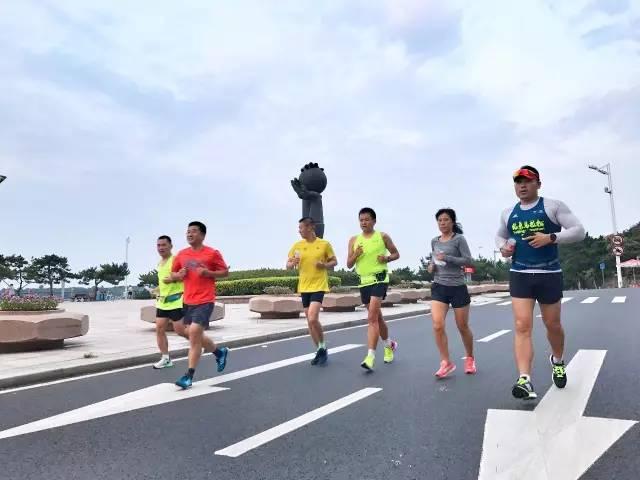"""现代化国际马拉松"""", 逐步将青岛马拉松打造成国内一流的赛事品牌"""