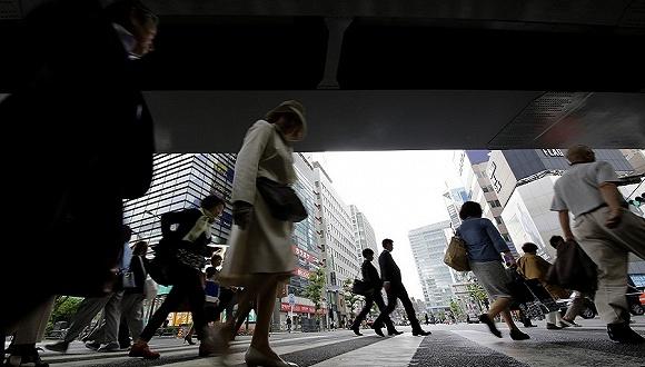 经济连续六个季度扩张 日本政府会动手降低公共债务吗?
