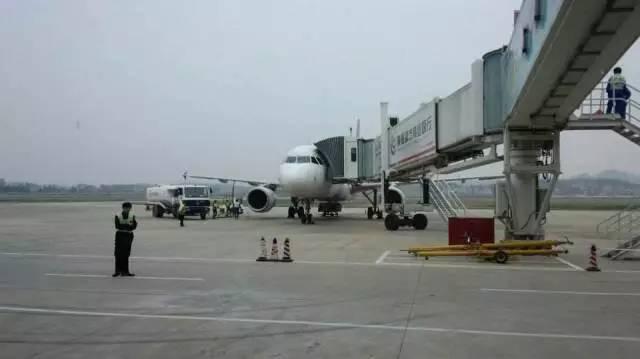 截至2016年5月20日,景德镇机场航班有直飞北京,上海,广州,深圳,成都