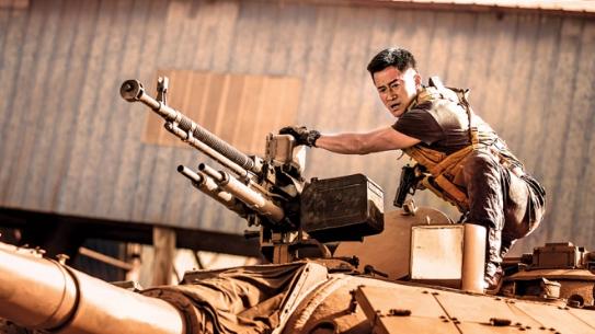 """外媒:《战狼2》的成功为好莱坞""""敲响警钟"""""""