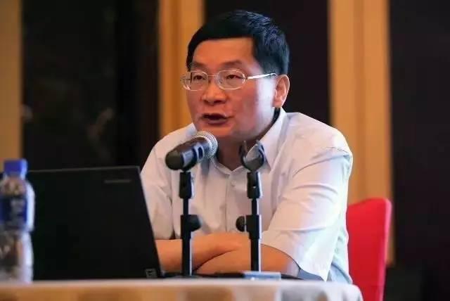 中国人民银行参事、中欧陆家嘴国际金融研究院常务副院长盛松成