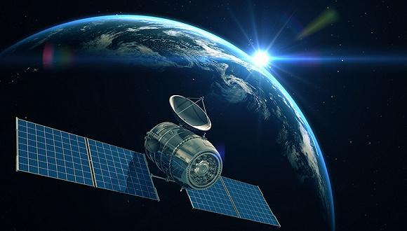 中国发射一枚超级卫星:飞机高铁将实现高速上网