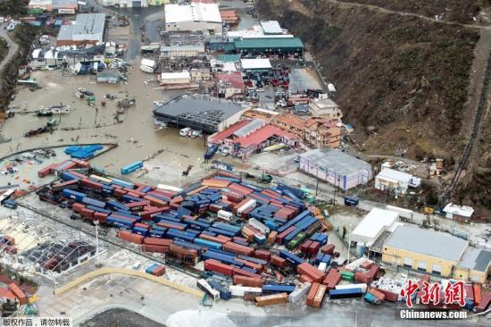 """飓风""""艾尔玛""""横扫法属小岛损失严重 如世界末日"""