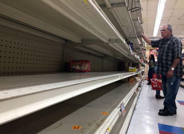 """外媒:飓风""""艾尔玛""""重创加勒比海地区 美多地进入紧急状态"""