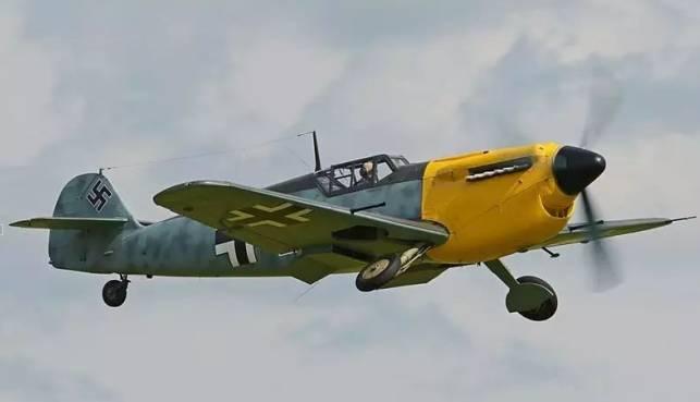 《敦刻尔克》:英国的飞机为啥要刷法国国旗?