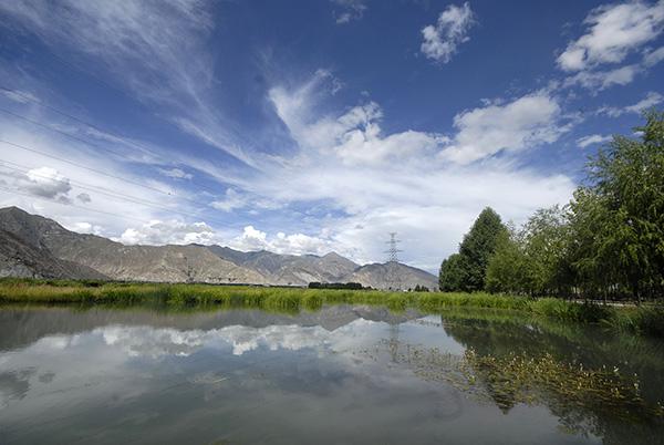 西藏拉鲁湿地。视觉中国 资料图