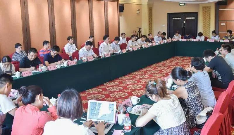 9月10日,中心消息媒体采访团赴雄安新区会合采访。 赵杰摄