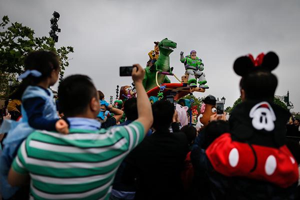 上海迪士尼乐园。澎湃资料