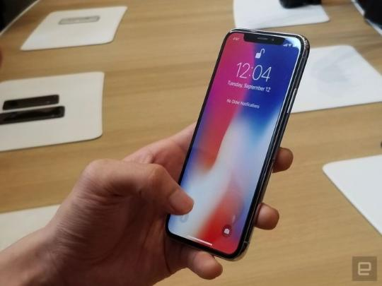 iPhone X现场真机上手的照片 - 1