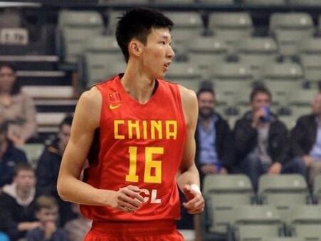 """""""亚洲第一中锋""""又伤了?莫雷一脸无奈:真不该让你回中国!"""