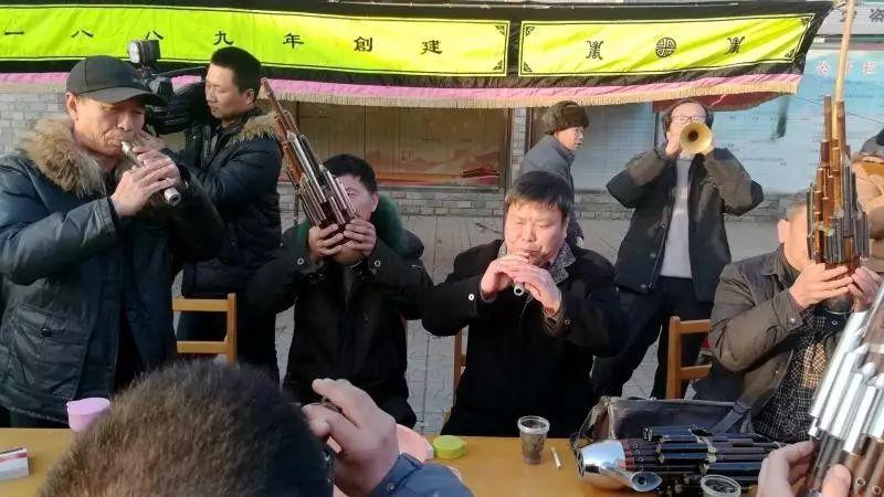 容城县北张村南乐会的出会表演。