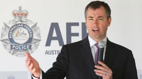 图为澳大利亚司法部长迈克尔·基南
