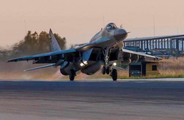美媒:俄罗斯向叙利亚部署最新型米格-29SMT战斗机