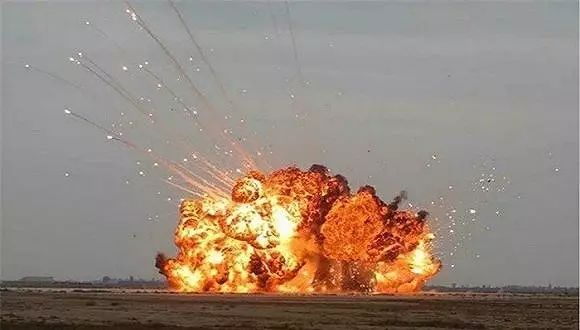 """▲俄罗斯""""炸弹之父""""爆炸瞬间"""