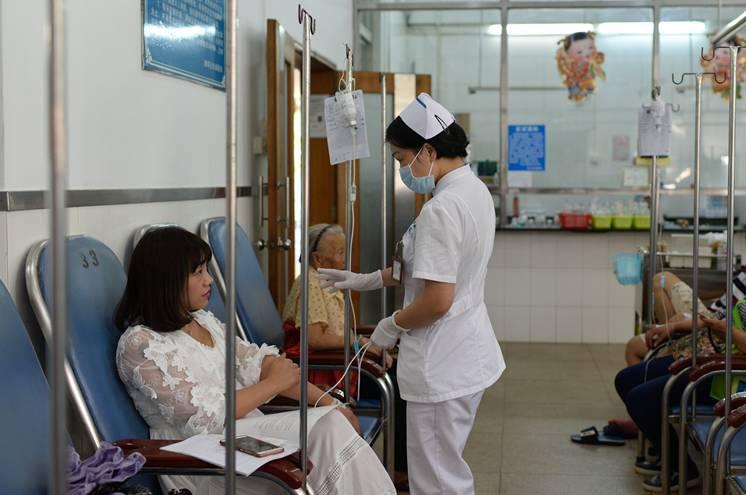 病患365|好护士黄妮丽:用细心好人抚平视频oba爱心图片