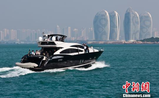 三亚湾游艇旅游。(资料图片,图文无关。) 尹海明 摄