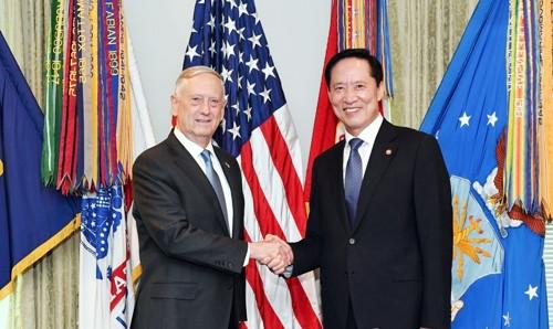 韩美防长8月30日在华盛顿接见会面