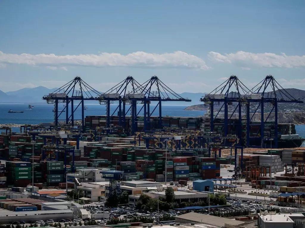 ▲中国投资近5亿欧元将希腊比雷埃夫斯港酿成地中海最忙碌的口岸。(纽约时报中文网)