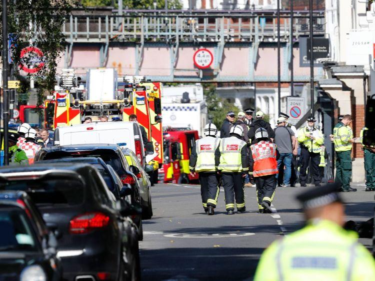 """伦敦地铁爆炸案:恐怖威胁水平从""""危急""""降至""""严重"""""""