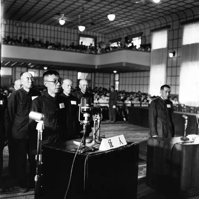 1956年7月1日,最高人民法院特别军事法庭在沈阳开庭。