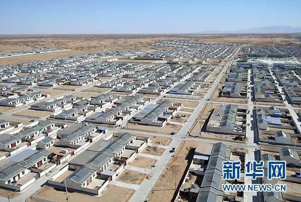 这是甘肃省武威市古浪县黄花滩生态移民安置区(2月18日摄)。