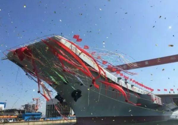 ▲中国首艘国产航母下水现场