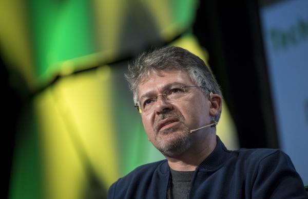 谷歌搜索和人工智能负责人John Giannandrea  视觉中国 资料