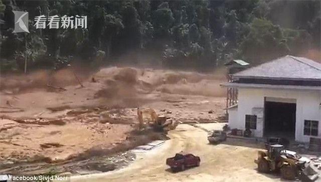 视频 |老挝一座水库溃坝 洪水咆哮而下如同海啸工地人员疯狂逃命