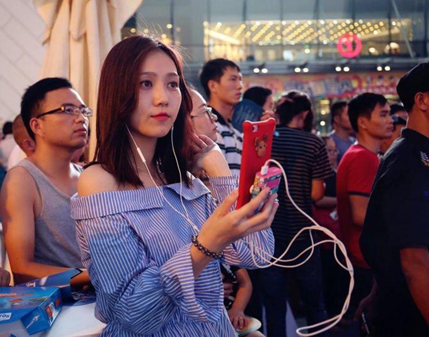 在东北,想要成为一名网红主播,拢共分几步?