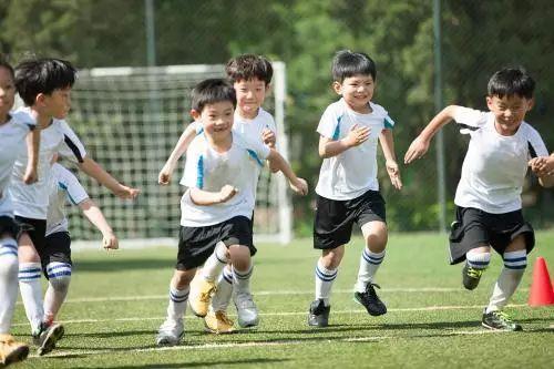 v孩子好了,孩子高中咋反而差了?|人民日报|青少身体潍坊那个图片
