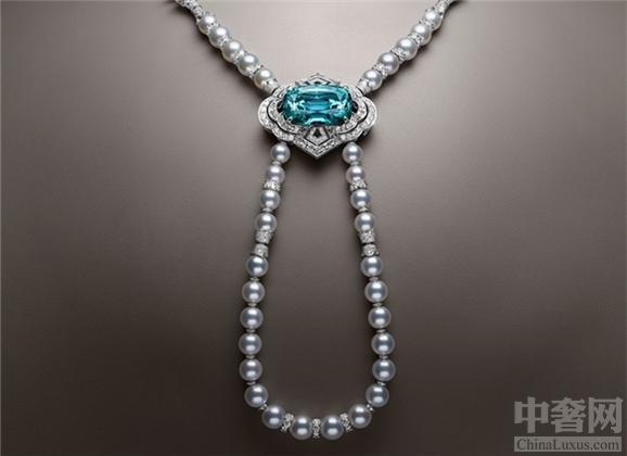 LV推出最新系列的珠宝 花朵图案绚烂夺目