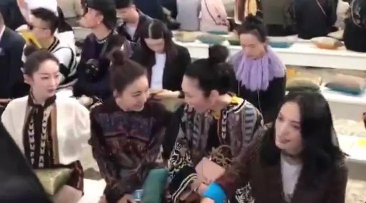 王丽坤穿的low,还不理蒋梦婕,她这是要干嘛?
