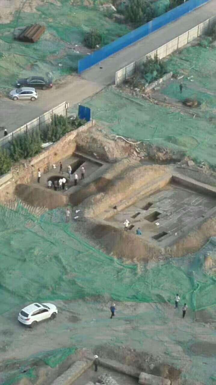 太原师院旧址惊现古墓 周围的居民坐不住了