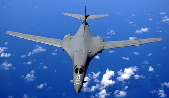 美军B-1B计谋轰炸机