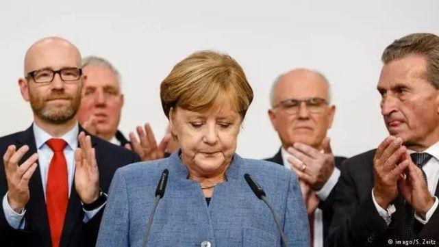 媒体:默克尔赢得没悬念?右翼政党崛起隐忧已现