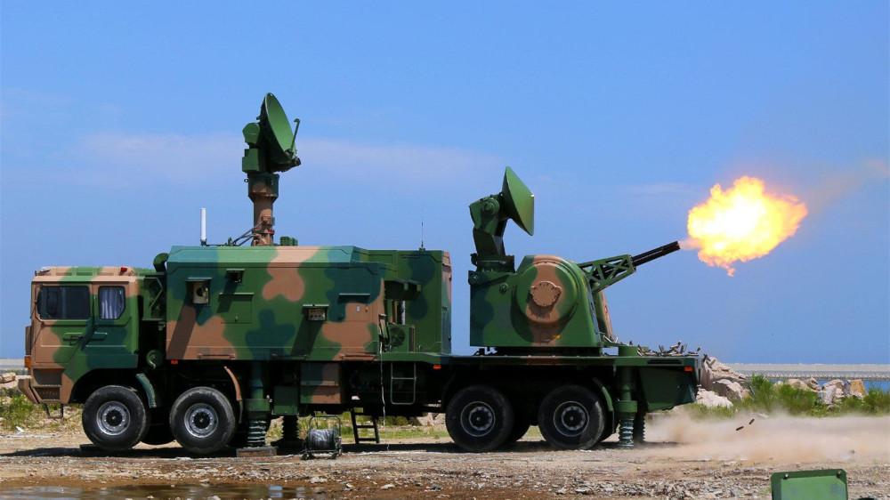 """""""陆盾-2000""""近程防空系统"""