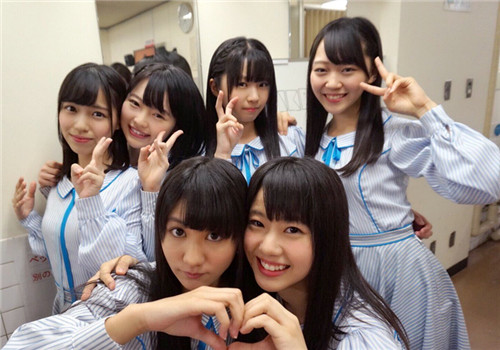 材料图:日本女子偶像组合STU48