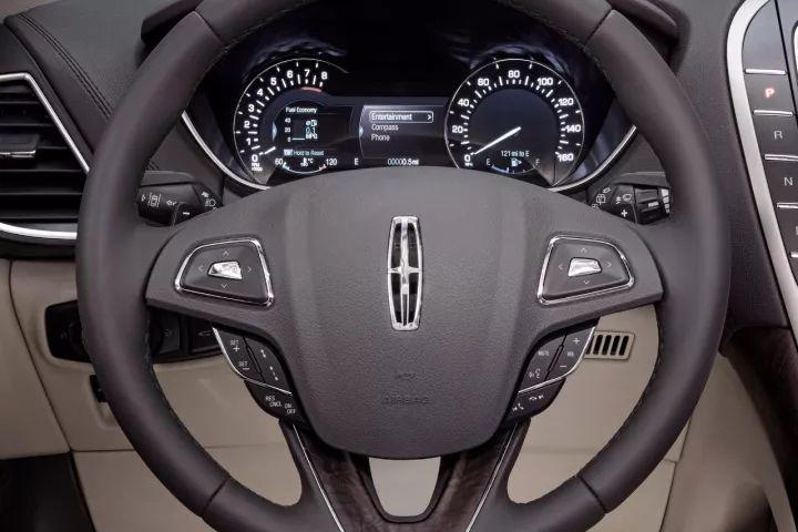 豪华中大型SUV新贵,个性首选,不服来怼!