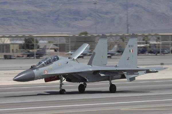 ▲印度空军装备的苏-30MKI战斗机