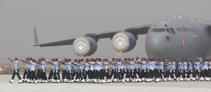 ▲资料图片:印度空军建军节阅兵式现场