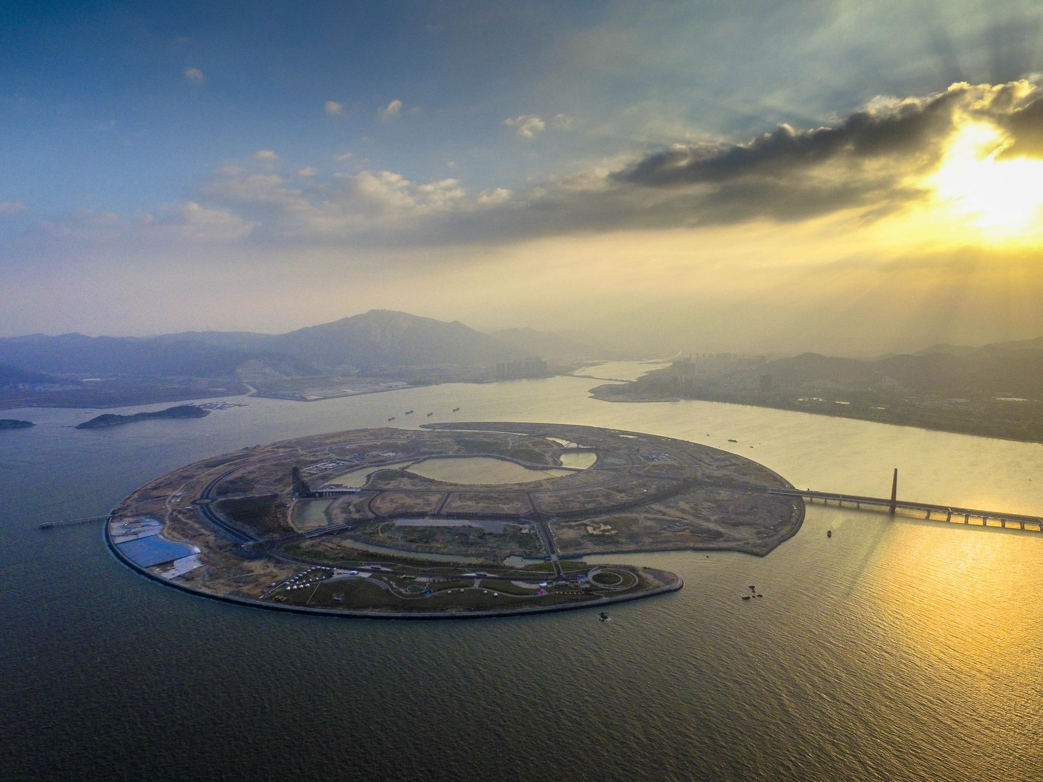 双鱼岛及海梦湾景区,黄金海岸公园,南炮台,静湖公园,南滨大道,龙湖